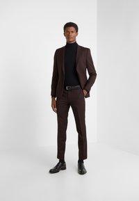 HUGO - HESTEN - Suit trousers - dark red - 1