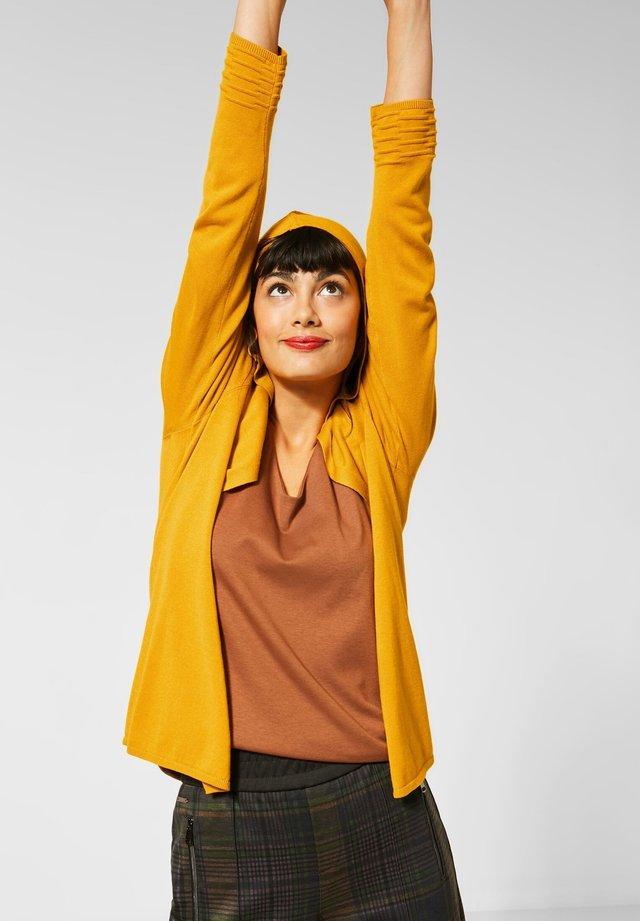 Vest - gelb