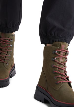 MALYNN MID LACE EK+ WP - Lace-up boots - olive nubuck