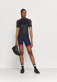 Giro - CHRONO SPORT - Maillot de cycliste - black craze - 1