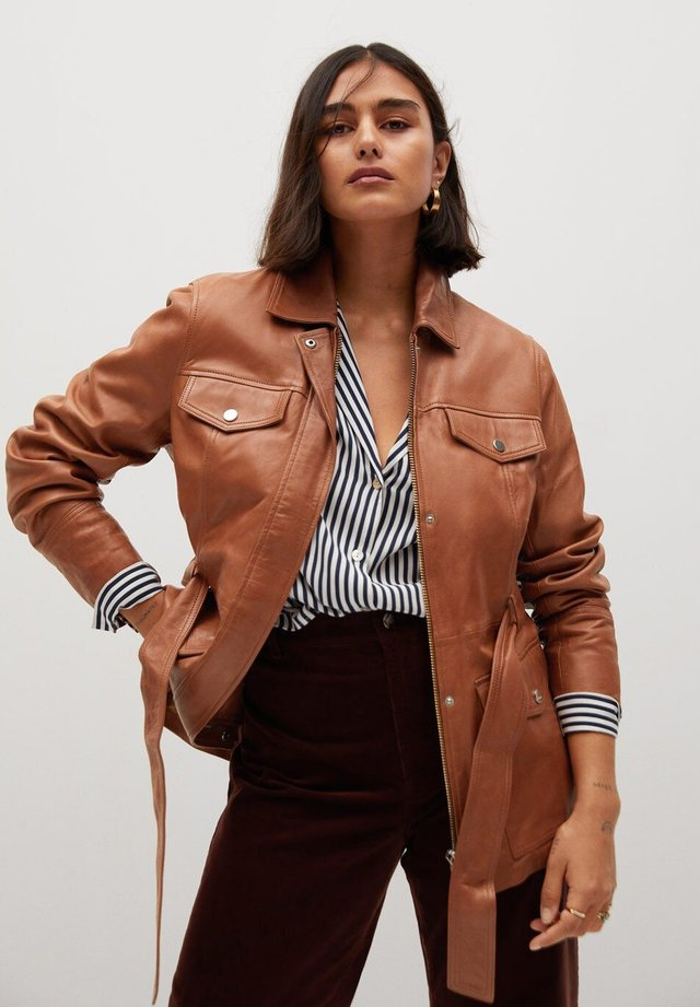 ISABEL - Chaqueta de cuero - brown