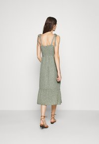 Abercrombie & Fitch - TIE SHOULDER DRESS  - Day dress - green - 2