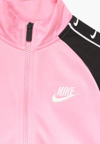 Nike Sportswear - TRICOT TAPING SET - Trainingspak - pink - 4