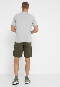 Black Diamond - NOTION - Träningsshorts - sergeant - 2