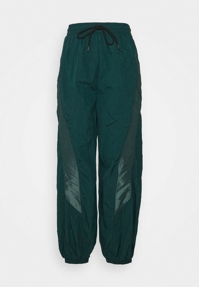 PANT IN - Pantaloni sportivi - forest green