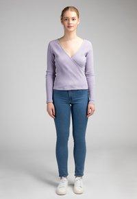 Girl Happens - LOU - Long sleeved top - lila - 1