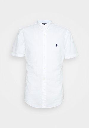 SEERSUCKER  - Shirt - white