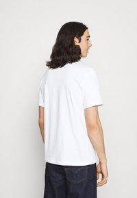 Nike Sportswear - TEE FUTURA - T-shirt med print - white - 2