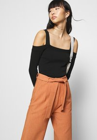 4th & Reckless - DELLA TROUSER - Trousers - light rust - 3