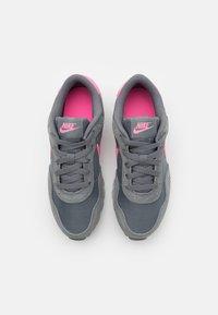 Nike Sportswear - VALIANT - Trainers - smoke grey/pink glow/white - 3
