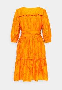 Selected Femme - SLFSADIE VNECK  - Day dress - dark cheddar - 1