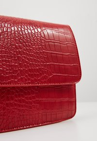 Gina Tricot - EVELYN BAG - Schoudertas - red - 2