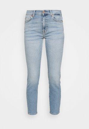 ROXANNE LUXVINBRISID - Slim fit -farkut - light blue