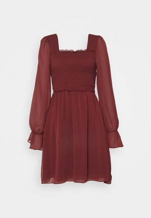 Day dress - burgundy