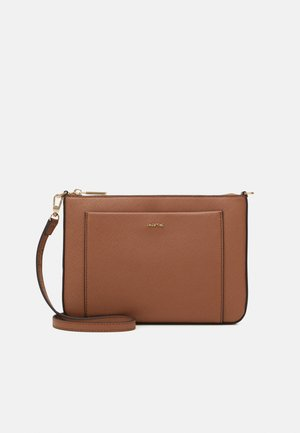 CROSSBODY BAG FAME - Schoudertas - camel