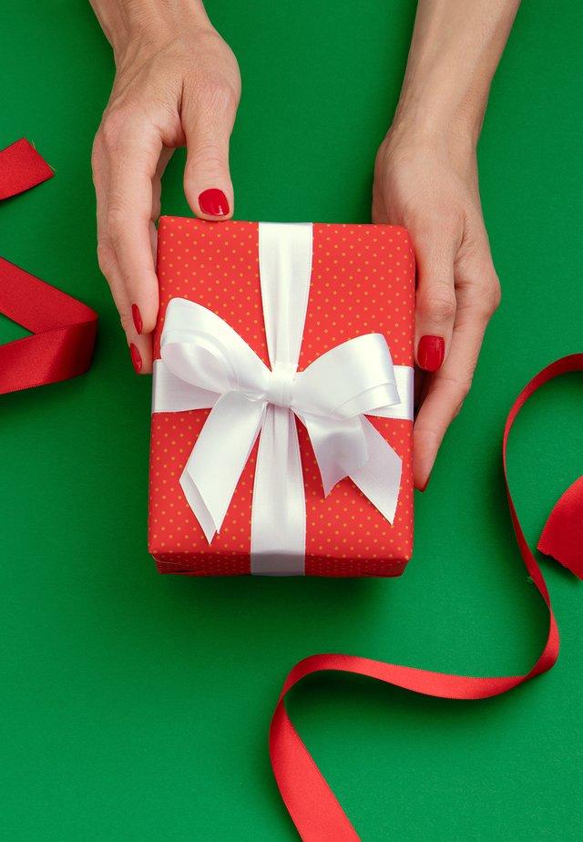 UN CADEAU JUSTE POUR VOUS - Chèque cadeau