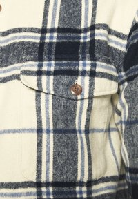 Abercrombie & Fitch - PLAID JACKET - Summer jacket - cream - 5