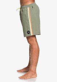Quiksilver - Swimming shorts - green - 3