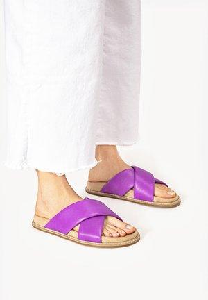 Mules - purple