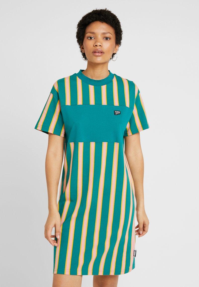 Puma - DOWNTOWN STRIPE DRESS - Sukienka letnia - teal green