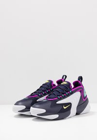 Nike Sportswear - ZOOM  - Sneakers - blackened blue/dynamic yellow/white/aurora green/hyper violet - 2