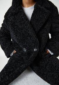 PULL&BEAR - Winter coat - mottled black - 5