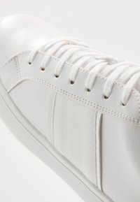 ALDO - COWIEN - Sneakers - white overflow - 5