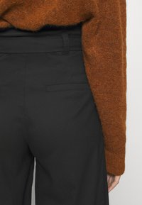 Monki - VERA TROUSERS - Trousers - black - 3