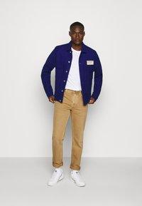 Nudie Jeans - STEADY EDDIE II - Relaxed fit jeans - desert worn - 1