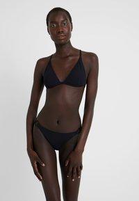 s.Oliver - TRIANGEL SET - Bikini - black - 0