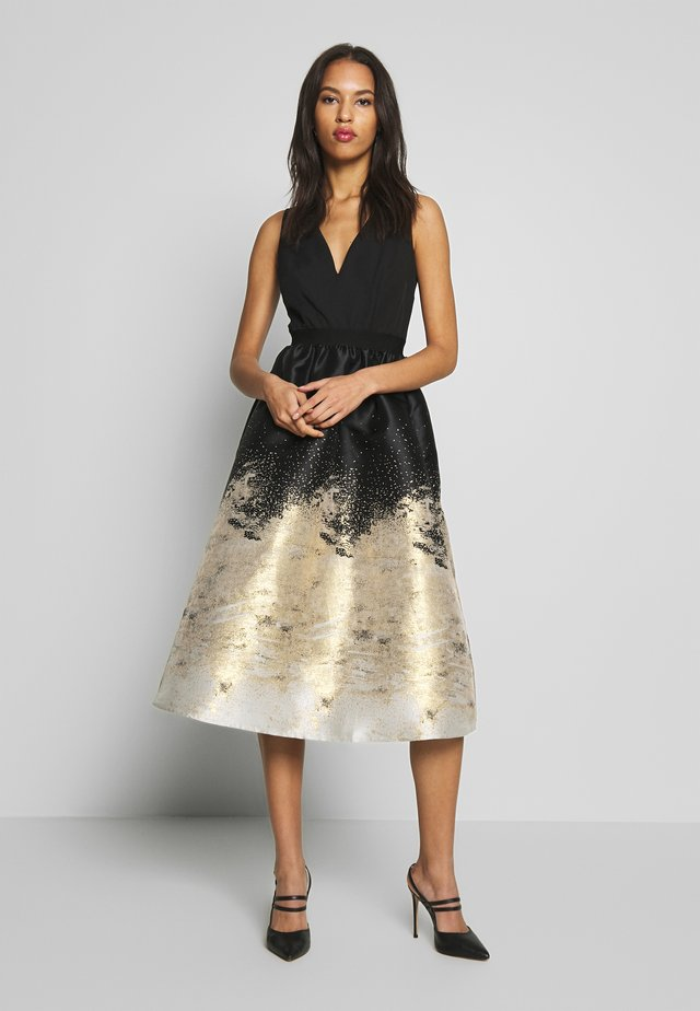 PLACEMENTJACQUARD - Cocktail dress / Party dress - black