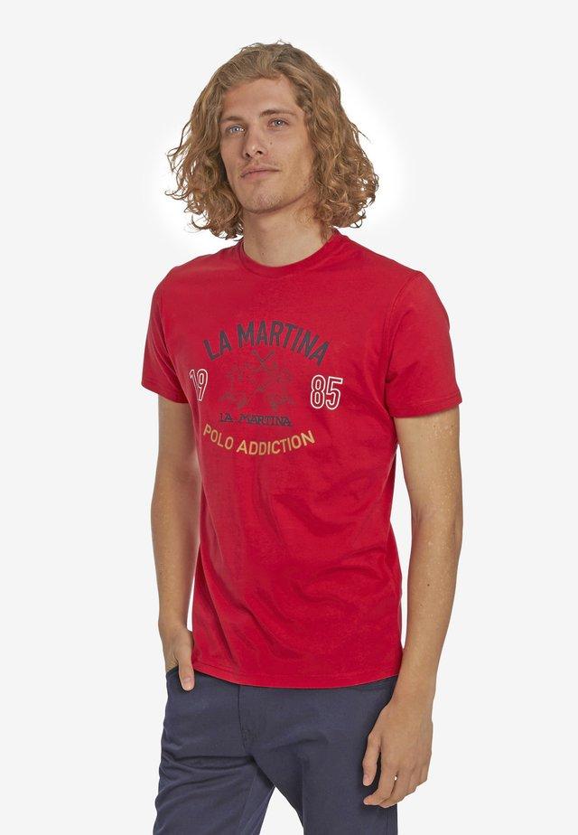 PIERRE - Print T-shirt - formula one