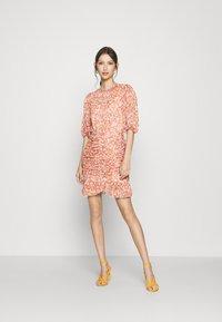 Forever New - KYLIE RUCHED MINI DRESS - Kjole - orange - 1