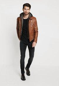 Serge Pariente - JEAN JACKET HOOD - Leather jacket - cognac - 1