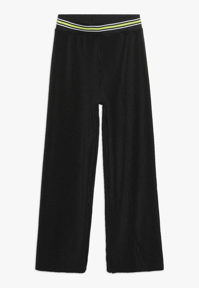 VIKKA - Pantalon classique - black