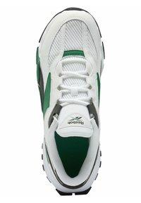 Reebok Classic - EVASION 20 SHOES - Zapatillas - white - 3