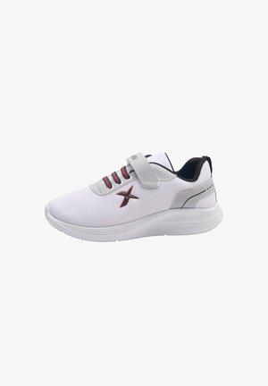 RUNNING PANTER 1FX - Sneakers laag - white