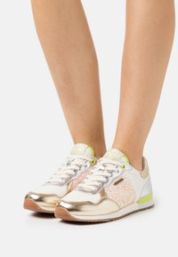 Pepe Jeans - ARCHIE CUTE - Trainers - factory white - 0