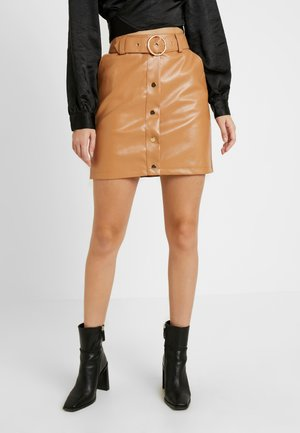 ADORABLE CARO BUTTON DETAIL SKIRT - Miniskjørt - tan