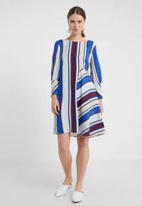 MAX&Co. - CAMERA - Day dress - cornflower blue - 0