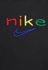 Nike Performance - DRY TEE BOXY RAINBOW - T-shirt imprimé - black - 4