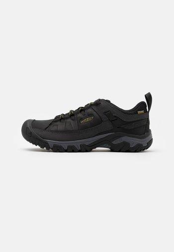 TARGHEE III WP - Hiking shoes - black/olive