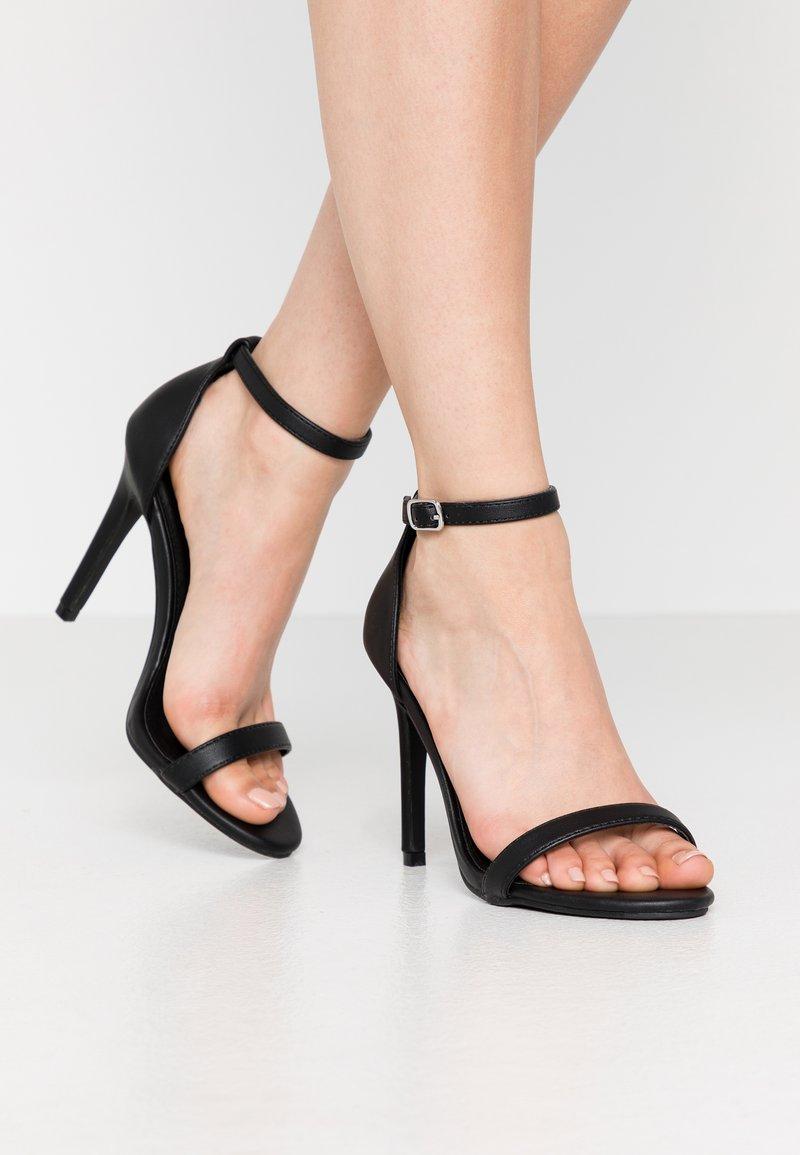 4th & Reckless - JASMINE - Korolliset sandaalit - black