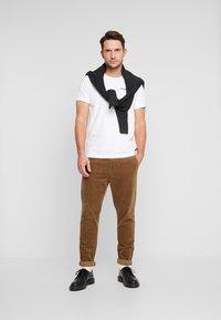 Petrol Industries - Camiseta estampada - bright white - 1