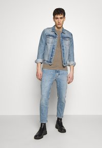 DRYKORN - BIT - Jeans Tapered Fit - blue - 1