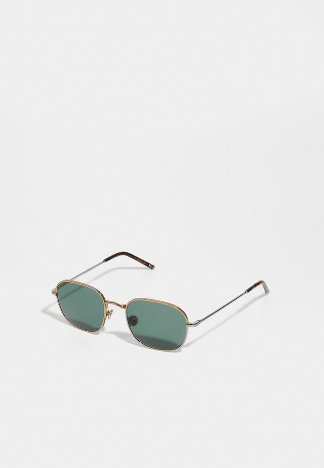STENSELE - Sunglasses - bronze-coloured/green