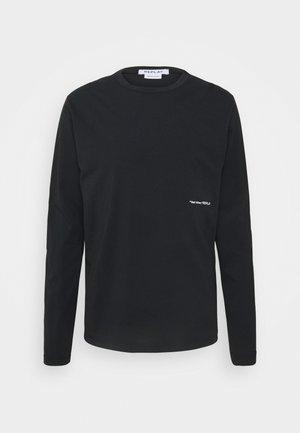 Pitkähihainen paita - blackboard