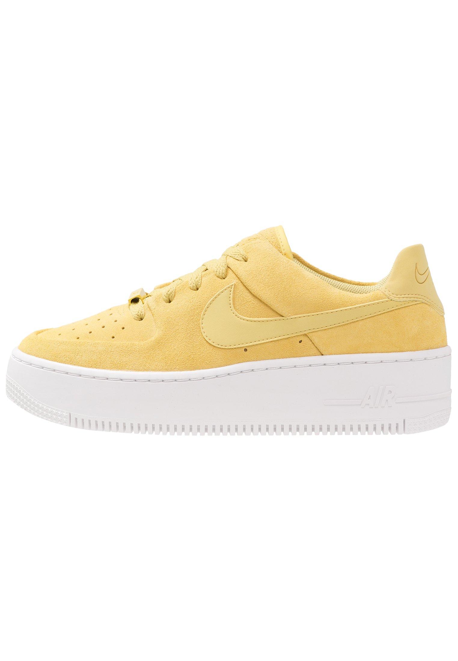Nike Sportswear AF1 SAGE - Baskets basses - celery/white/jaune ...