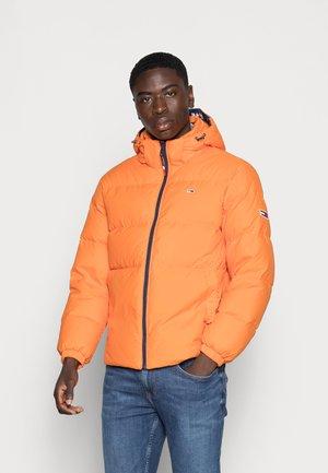 ESSENTIAL JACKET - Down jacket - magnetic orange