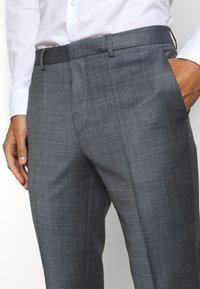 HUGO - ARTI HESTEN - Suit - medium grey - 6
